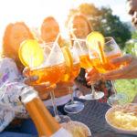 """""""Bere mi aiuta a sentire"""": aspettative sul consumo di alcol e alessitimia"""